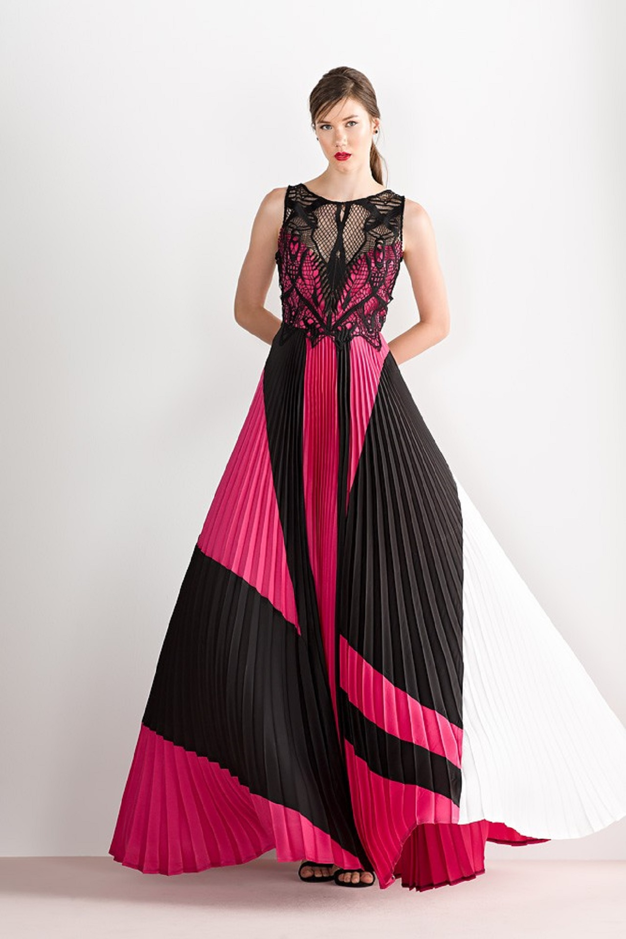 Μάξι φόρεμα πλισέ - mavridou.com 9c55762dcca